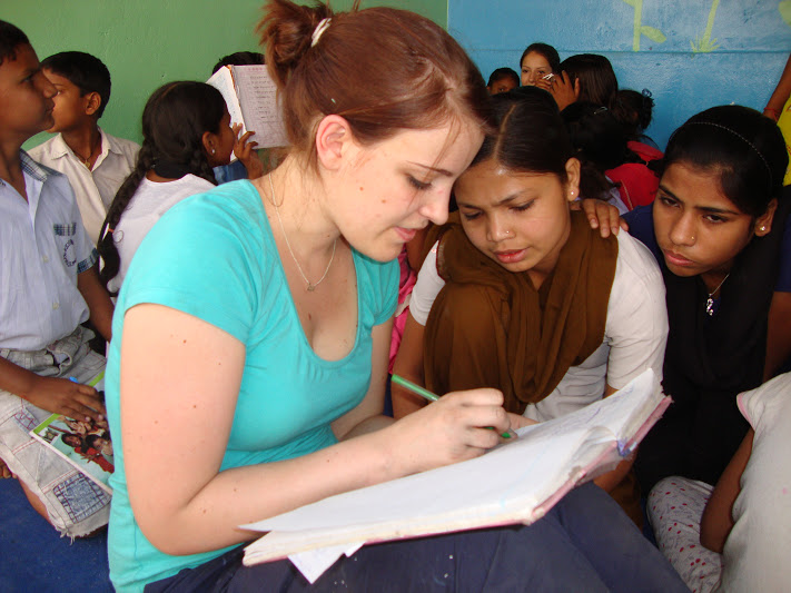 teaching volunteer project in Delhi India