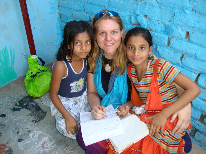 volunteer teaching english India