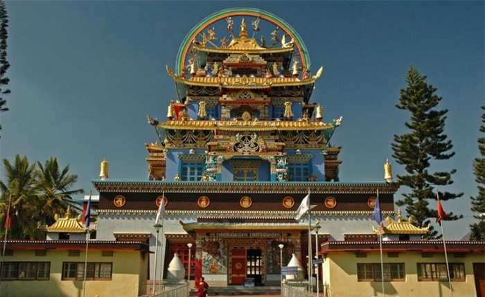 namdroling-monastery-coorg-karnataka