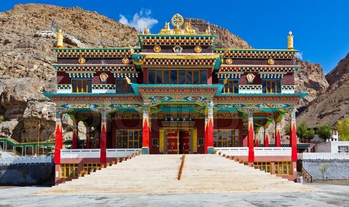 tashi-jong-monastery-palampur-himachal-pradesh