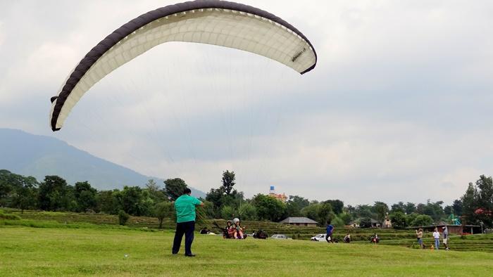 paragliding in bir, palampur